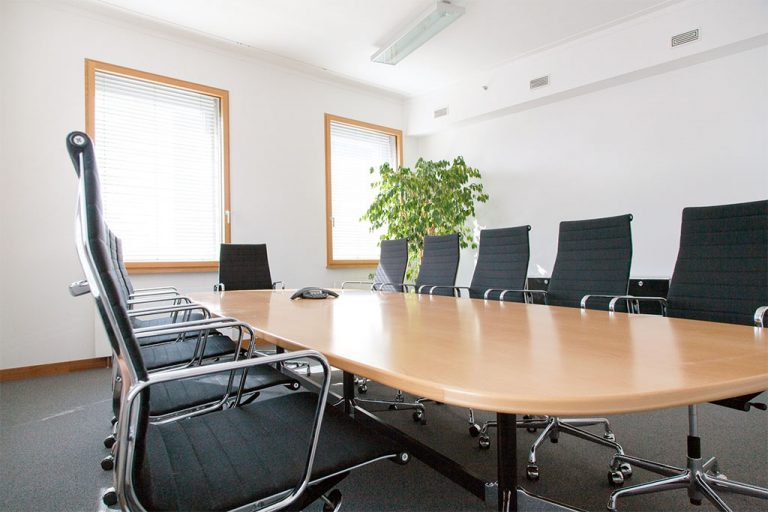 pretium-offices-berlin-konferenz- raum-zimmer